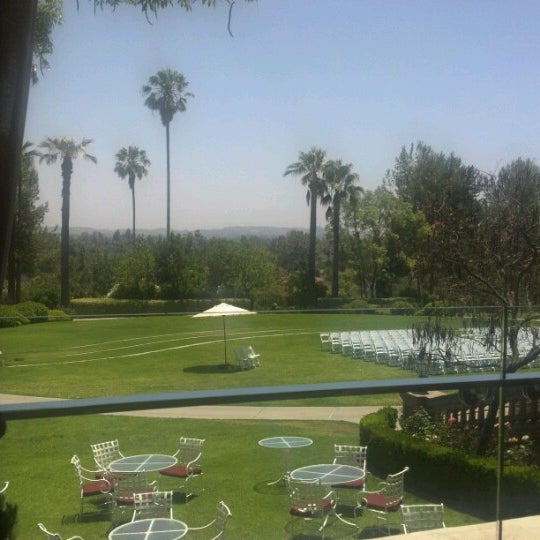 Photo taken at Langham Huntington Hotel by Colin W. on 6/23/2012
