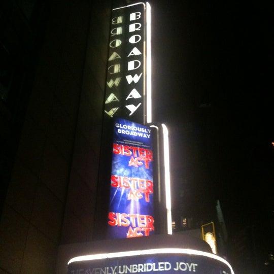 4/29/2012にkaminaoがBroadway Theatreで撮った写真