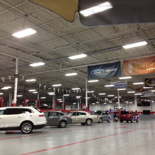 Photos At Bill Collins Ford Auto Dealership In Louisville - Bill collins ford car show