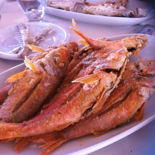 8/4/2012 tarihinde CaN Z.ziyaretçi tarafından Cunda Deniz Restaurant'de çekilen fotoğraf