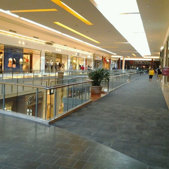 Information & Events The Mall at Robinson is in Pennsylvania, city Pittsburgh. Mall is situated on adress Robinson Centre Drive, Pittsburgh, Pennsylvania Click on store 3/5(7).