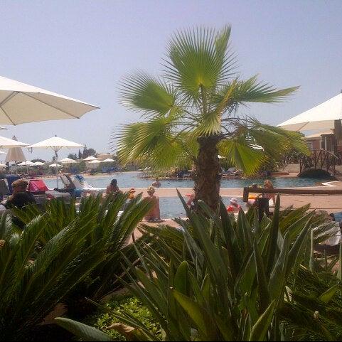 Foto tirada no(a) Monte Santo Resort por Simon J. em 8/20/2012
