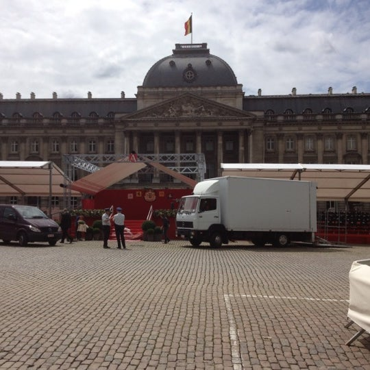 Photo taken at Paleizenplein / Place des Palais by Nath D. on 7/21/2012