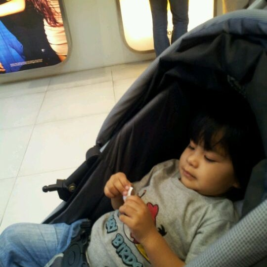 Photo taken at DiGi Center by ainul asyikin M. on 3/3/2012