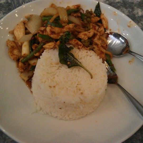 Photo taken at Taste of Thai by Muhammad I. on 11/6/2011