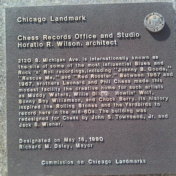Photo taken at Willie Dixon's Blues Heaven Foundation, Historic Site of Chess Records by Kelsey I. on 9/9/2011