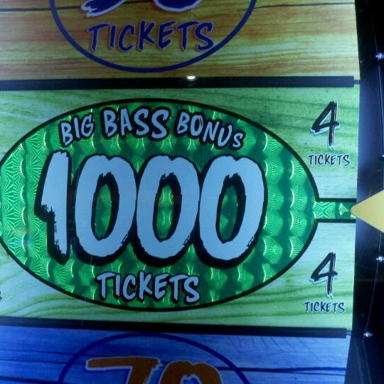 Photo taken at Dave & Buster's by Jerry O. on 9/2/2011