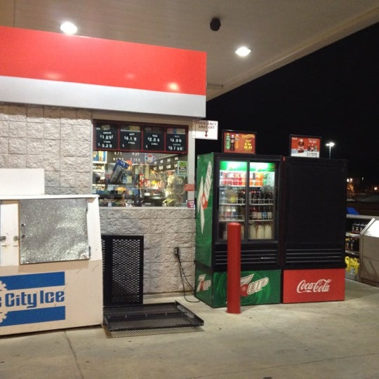 Cheapest Gas In Las Vegas >> Payless Gas Station - 2200 Greenbush St