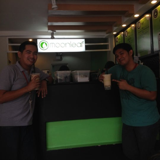 Photo taken at Moonleaf Tea Shop by Ericson A. on 7/23/2012
