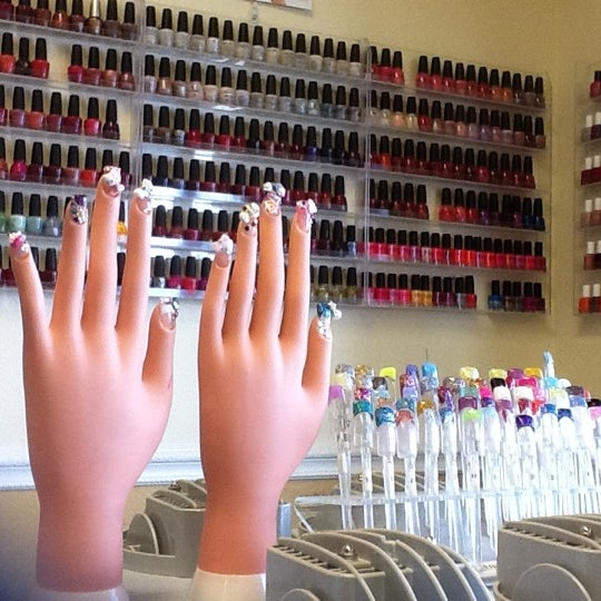 Diamond nails 14 tips from 279 visitors for 24 nail salon las vegas