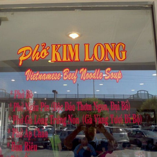 Photo taken at Phở Kim Long by Alan C. on 10/19/2011