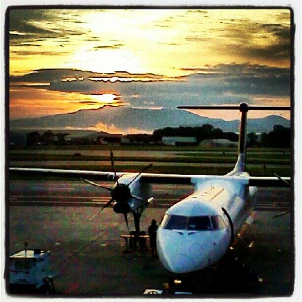 Foto tomada en Burlington International Airport (BTV) por Jamie P. el 8/14/2012