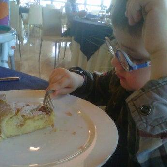 Foto scattata a Laguna Sky Restaurant da Roberto B. il 3/3/2012