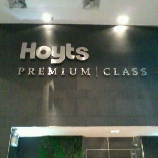 Foto tomada en Cine Hoyts por Daniela A. el 5/27/2012