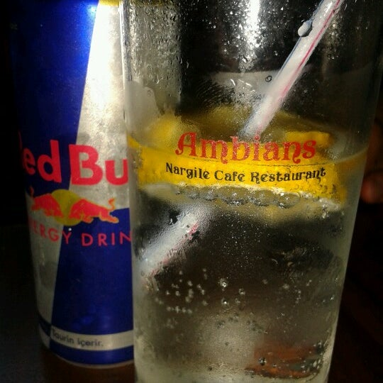 Das Foto wurde bei Ambians von Kemal B. am 8/24/2012 aufgenommen