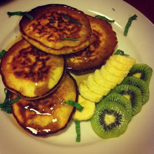 3/25/2012 tarihinde Tuba K.ziyaretçi tarafından Semolina Kafe & Restoran'de çekilen fotoğraf