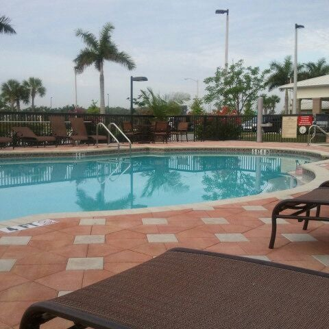Photo Taken At Hilton Garden Inn Fort Myers Airport/FGCU By Elizabeth C. On