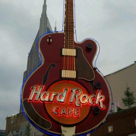Photo taken at Hard Rock Cafe Nashville by Ric A. on 5/18/2011