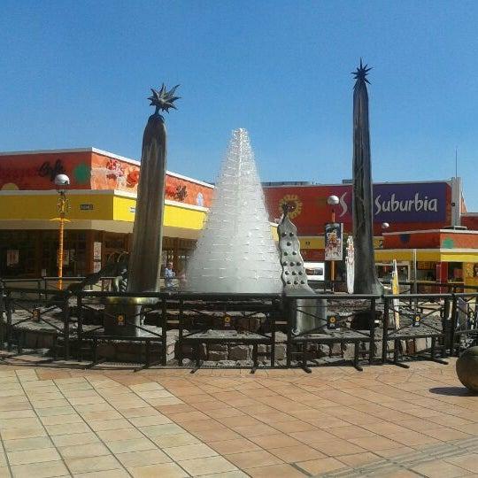 Foto tomada en Plaza del Sol por Israel Alí G. el 11/16/2011