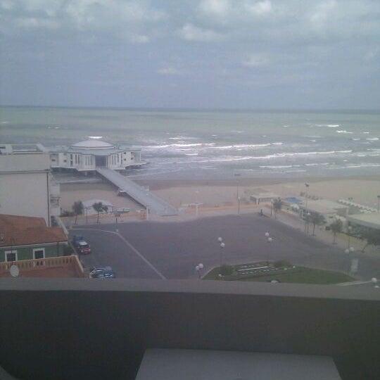 Foto scattata a Palace Hotel da Ludmilla B. il 10/16/2011