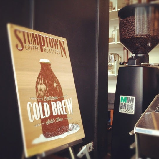 Photo taken at Stumptown Coffee Roasters by lanamaniac on 7/25/2012