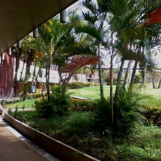Foto tirada no(a) Tropical Hotel Tambaú por Pamela O. em 6/7/2012