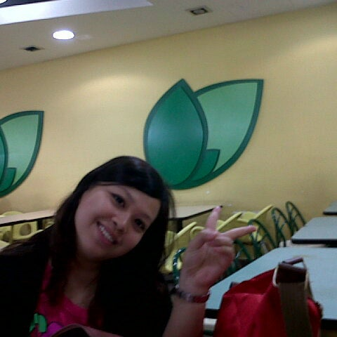 Photo taken at Oasis Food Court by aqiem f. on 8/2/2012