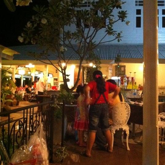 Photo taken at Baan Chom View by Sini on 4/8/2012