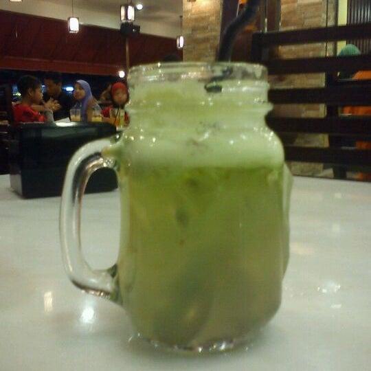 Photo taken at De Pauh Garden Restaurant & Cafe by Mohd H. on 4/28/2012