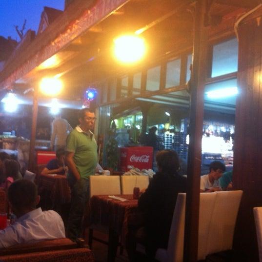 6/30/2012 tarihinde Nytmare T.ziyaretçi tarafından Çapari Restaurant'de çekilen fotoğraf
