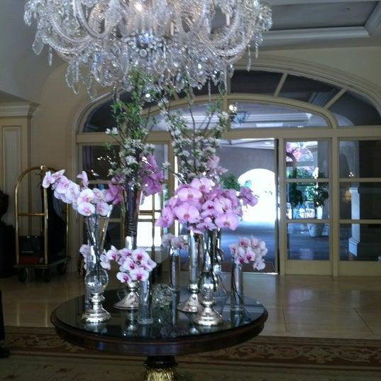 Photo taken at Langham Huntington Hotel by Sherrien S. on 4/29/2012