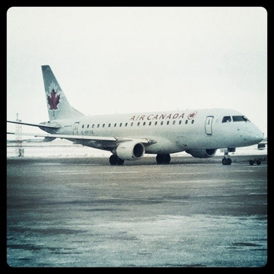 Photo taken at Saskatoon John G. Diefenbaker International Airport (YXE) by M on 1/31/2011