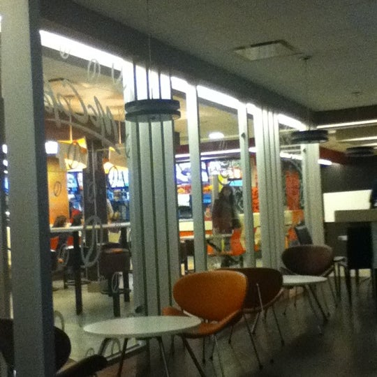 Photo taken at McDonald's by Claudia A. on 12/4/2011