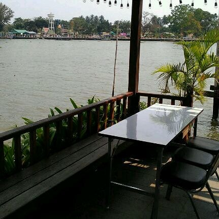 Photo taken at Baan Chom View by JeabTan on 1/29/2012