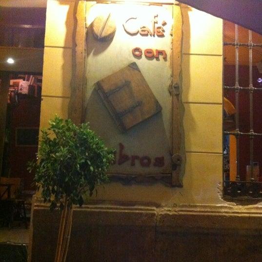 9/6/2012 tarihinde Amanteziyaretçi tarafından Café con Libros'de çekilen fotoğraf