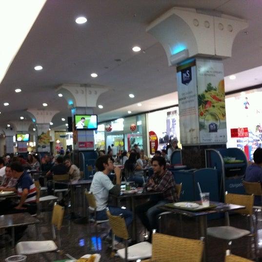 Foto tirada no(a) JL Shopping por Adriano S. em 9/15/2011
