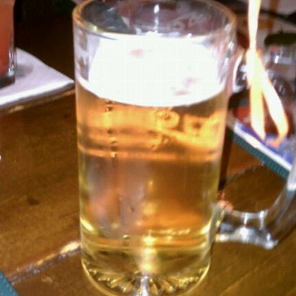 Photo taken at Nitty Gritty Restaurant & Bar by Pat E. on 8/24/2011