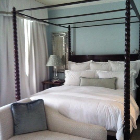 รูปภาพถ่ายที่ Casa Del Mar Hotel โดย Roberto L. เมื่อ 10/20/2011