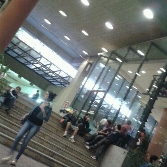 Foto tomada en Universidad Autónoma de Asunción por BeLu G. el 3/28/2012