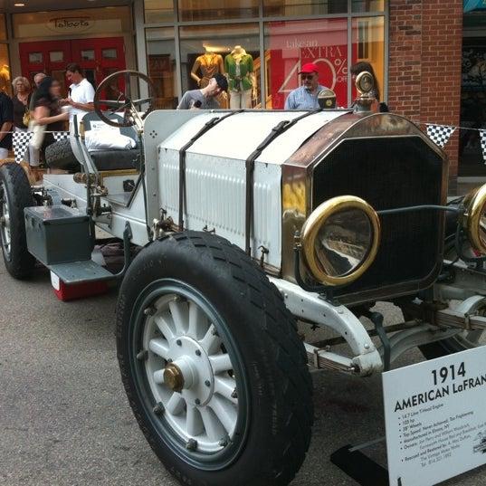 Photos At PVGP Walnut Street Car Show Now Closed Shadyside - Car show pittsburgh pa