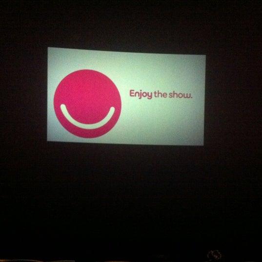 Снимок сделан в AMC Loews Lincoln Square 13 пользователем Julia 9/13/2012
