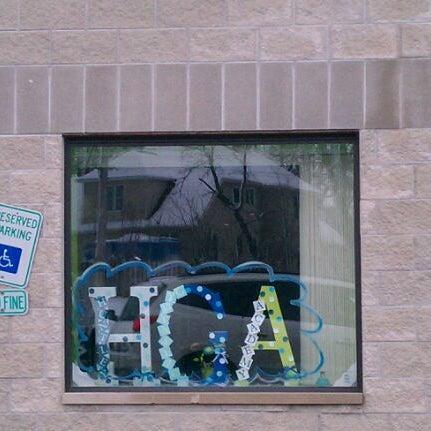 Das Foto wurde bei Huntley Gymnastics Academy von Deana B. am 2/24/2012 aufgenommen