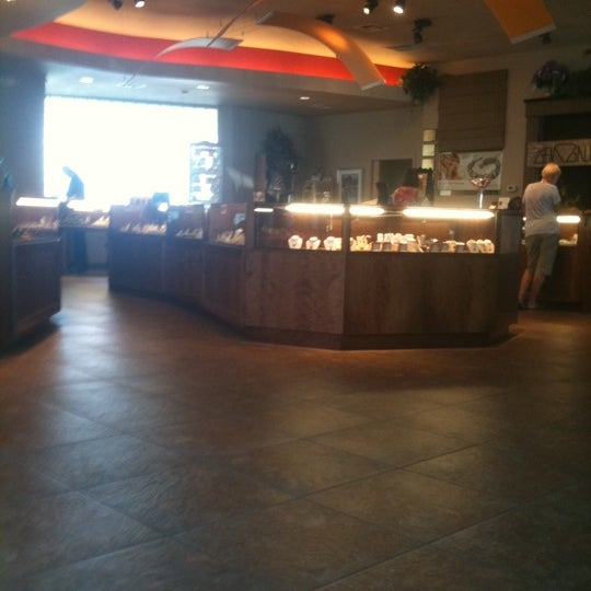 The Gem Gallery Meadowood Mall Reno NV
