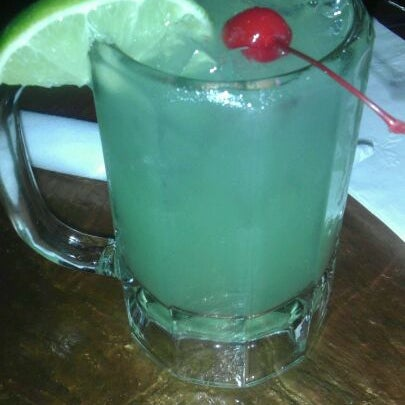 Photo taken at Mamacitas Mexican Restaurant by Frankie A. on 4/20/2012