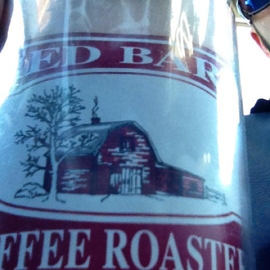 Foto tirada no(a) Red Barn Coffee At Angel's Cafe por Tonyhopedale em 4/26/2012