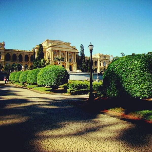 Das Foto wurde bei Museu Paulista von Lucas M. am 9/8/2012 aufgenommen