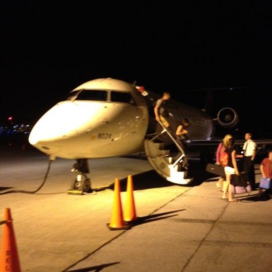 Foto tomada en Burlington International Airport (BTV) por Laura M. el 7/26/2012