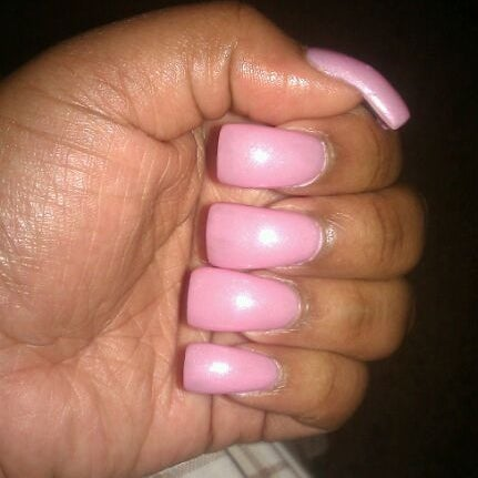 Lucky Nails - Columbia, MO