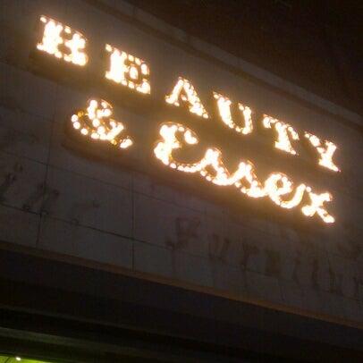 7/25/2012 tarihinde Jenn P.ziyaretçi tarafından Beauty & Essex'de çekilen fotoğraf