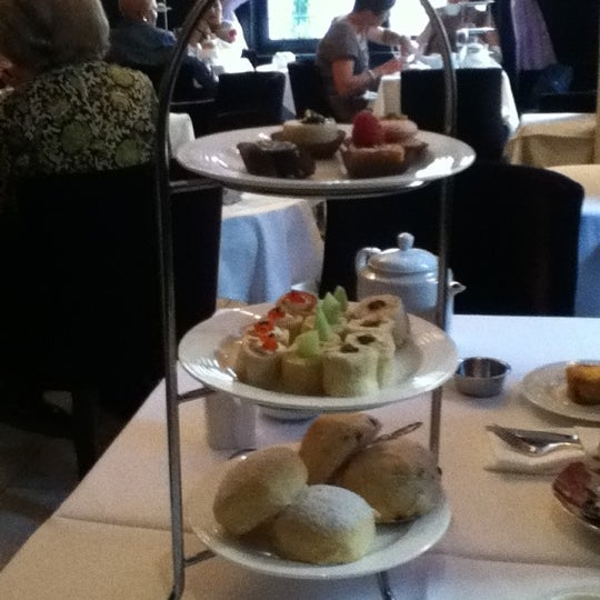 Photo taken at Windsor Arms Hotel by Janani M. on 6/9/2012
